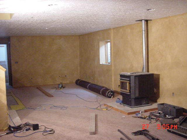 basement putting in carpet